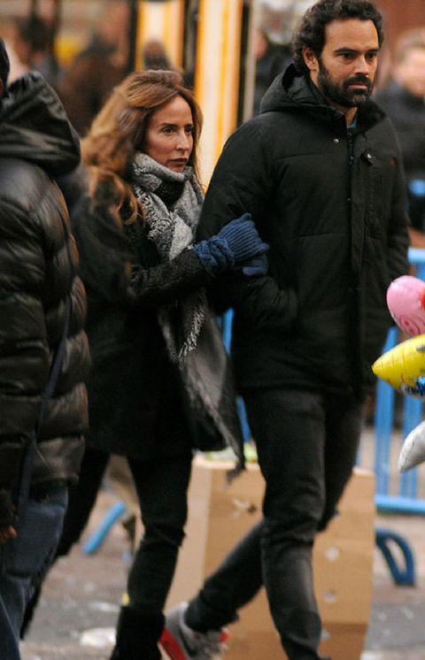 Human, Winter, Trousers, Jacket, Textile, Coat, Outerwear, Street, Street fashion, Toy,