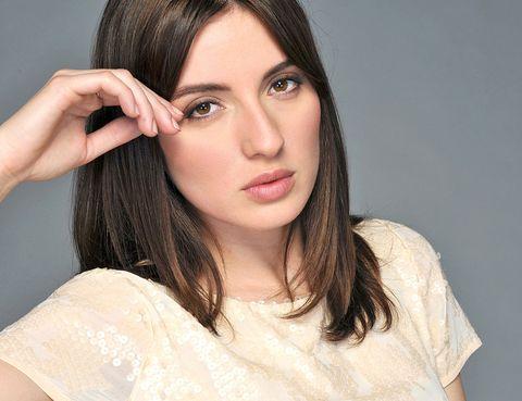 Hair, Face, Nose, Lip, Cheek, Mouth, Eye, Brown, Hairstyle, Skin,