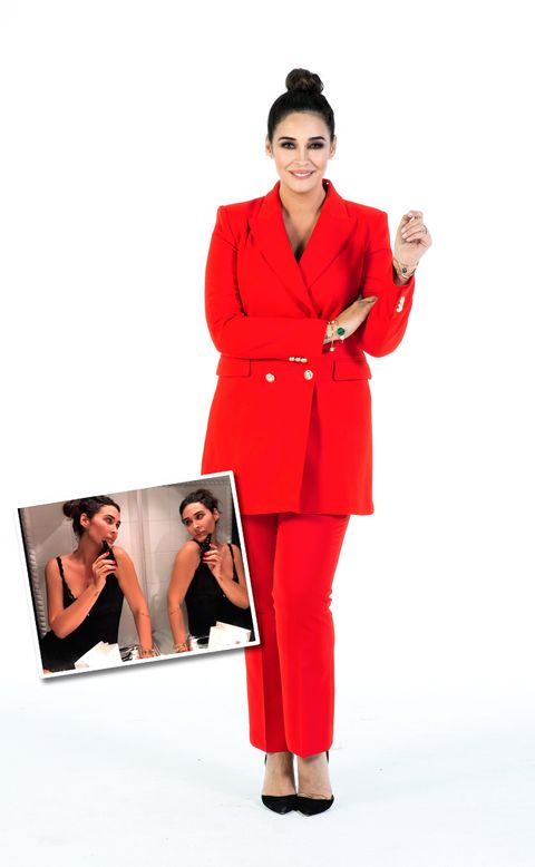 Clothing, Red, Suit, Pantsuit, Formal wear, Fashion, Outerwear, Fashion model, Coat, Overcoat,