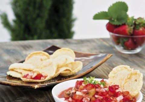 Food, Cuisine, Ingredient, Dish, Produce, Meal, Tableware, Plate, Finger food, Breakfast,