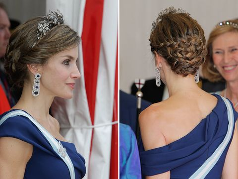 Hair, Hairstyle, Cobalt blue, Beauty, Chin, Chignon, Hair accessory, Headpiece, Tiara, Shoulder,