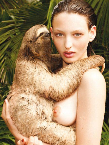 Human, Skin, Hand, Sloth, Three-toed sloth, People in nature, Adaptation, Eyelash, Brown hair, Earrings,