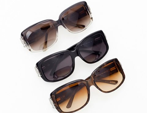 Eyewear, Glasses, Vision care, Product, Brown, Sunglasses, Goggles, Personal protective equipment, Photograph, Glass,