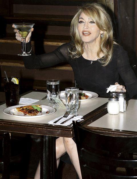Serveware, Drink, Dishware, Table, Drinkware, Tableware, Furniture, Jewellery, Cuisine, Barware,