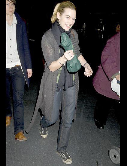 Footwear, Leg, Trousers, Outerwear, Denim, Collar, Style, Coat, Jacket, Fashion,