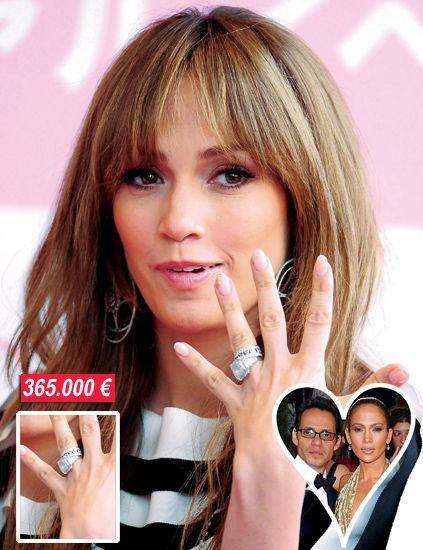 Finger, Lip, Hairstyle, Skin, Forehead, Eyebrow, Hand, Eyelash, Nail, Style,