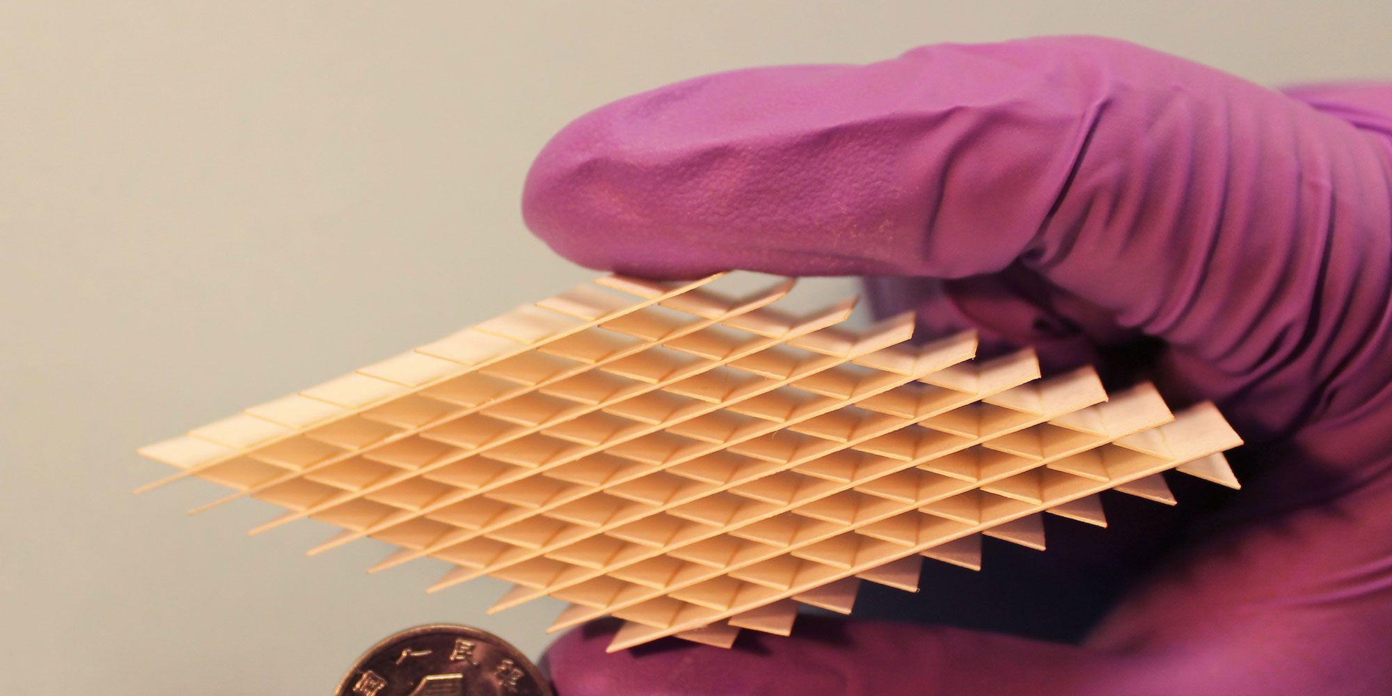 Llega la batería origami. Y está hecha de papel
