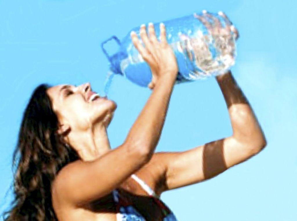 Engorda beber mucha agua