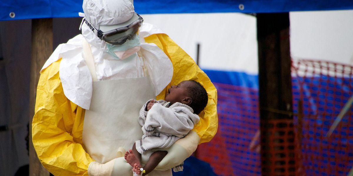 La OMS anuncia una vacuna contra el ébola 100% eficaz