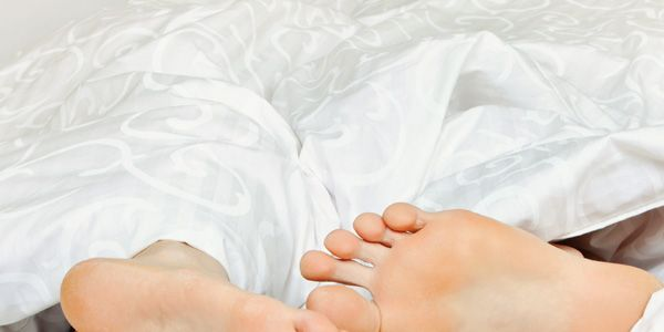 Duerme desnudo, que 'pone' mucho