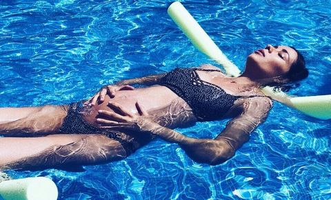 Swimming pool, Leisure, Water, Fun, Leg, Recreation, Swimwear, Games, Summer, Photo shoot,