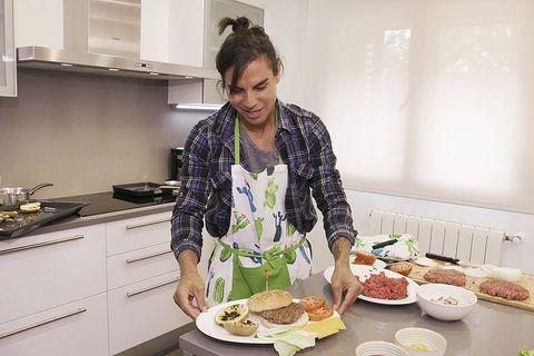 Food, Cook, Meal, Dish, Cooking, Cuisine, Kitchen, Brunch, À la carte food, Eating,