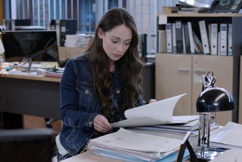 Job, White-collar worker, Desk, Office, Employment, Learning, Interior design, Sitting, Furniture, Fashion design,