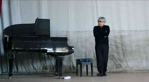 Pianist, Recital, Piano, Fortepiano, Musician, Technology, Musical instrument, Music, Spinet, Keyboard,
