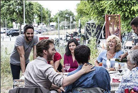 People, Community, Event, Recreation, Fun, Picnic, Leisure, Sitting, Tourism, Crowd,
