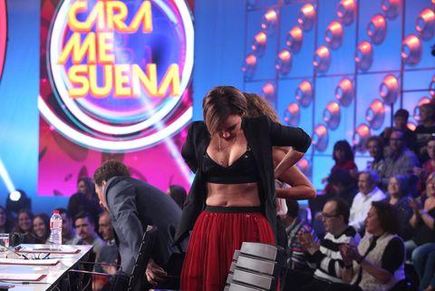 Entertainment, Abdomen, Stage, Audience, Dancer, Dance, Belt, Crop top,