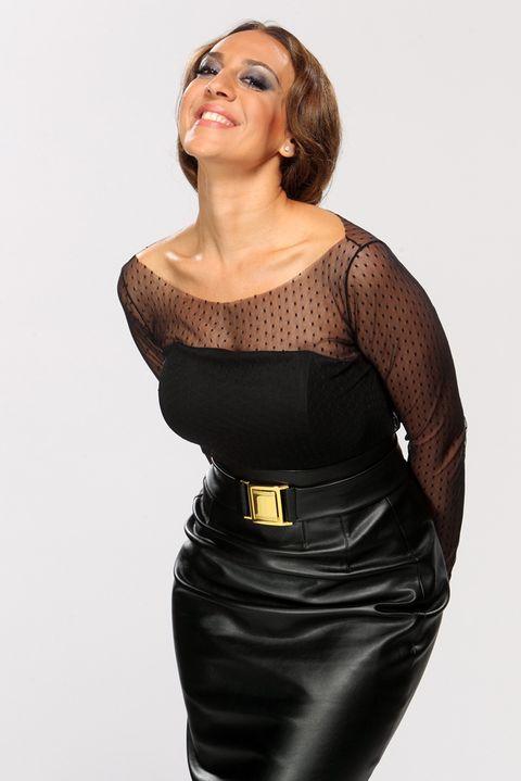 Sleeve, Dress, Shoulder, Joint, Waist, Standing, Strapless dress, Day dress, Fashion model, Fashion,