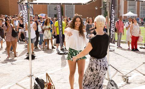 People, Photograph, Street fashion, Fashion, Snapshot, Yellow, Public space, Fun, Summer, Tourism,