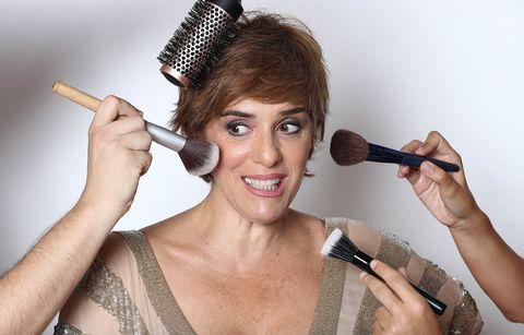Face, Skin, Microphone, Beauty, Lip, Makeup artist, Makeover, Singer, Audio equipment, Singing,