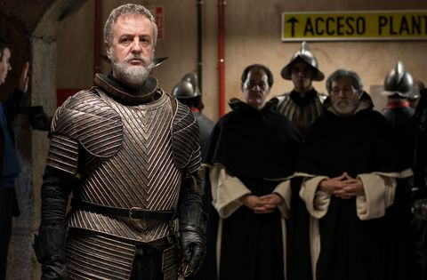 Costume, Armour, History, Cloak, Fictional character, Facial hair, Viking, Breastplate, Mail, Knight,