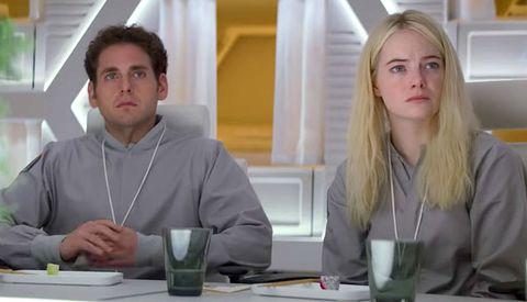 Blond, Conversation, Interior design, Fun, Glass, Room, White-collar worker,