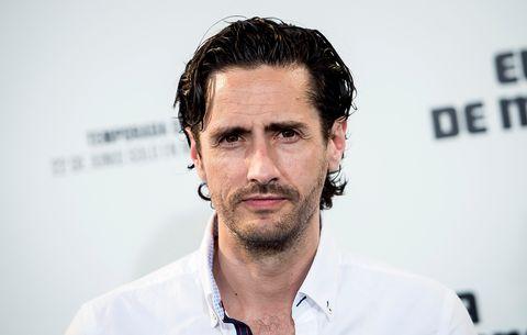 Hair, Facial hair, Face, Beard, Chin, Hairstyle, Forehead, Cheek, Moustache, White-collar worker,