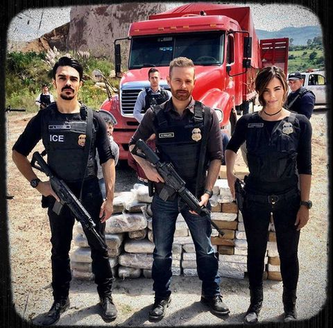 Motor vehicle, Emergency service, Truck, Machine gun, Service, Shotgun, Emergency vehicle, Air gun, Law enforcement, Fire department,
