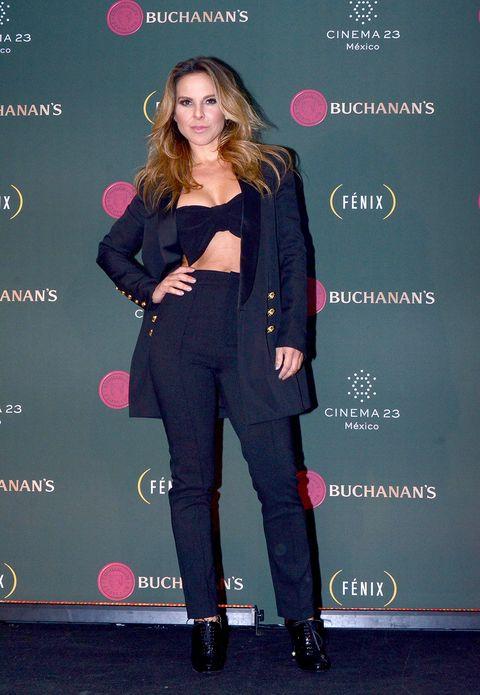 Outerwear, Style, Pink, Blazer, Fashion, Jewellery, Fashion model, Lipstick, High heels, Fashion design,