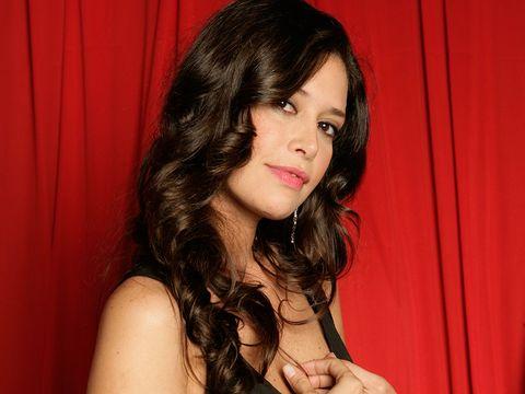 Angie Cepeda Sorprende Con Una Foto Sin Maquillaje Por Su Cumpleaños