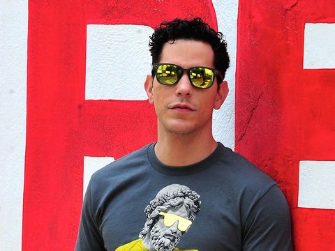 Eyewear, Vision care, Red, Shirt, Colorfulness, Sunglasses, T-shirt, Goggles, Facial hair, Cool,