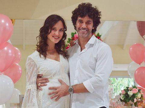 0e5440df2 Mariano Martínez y Camila Cavallo celebran la fiesta de bienvenida ...