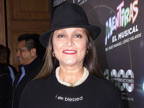 Hat, Fashion accessory, Headgear, Fedora, Smile, Event, Cowboy hat,