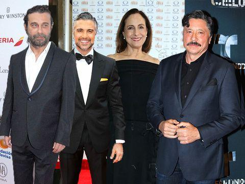Suit, Event, Premiere, Formal wear, White-collar worker, Tuxedo, Carpet,