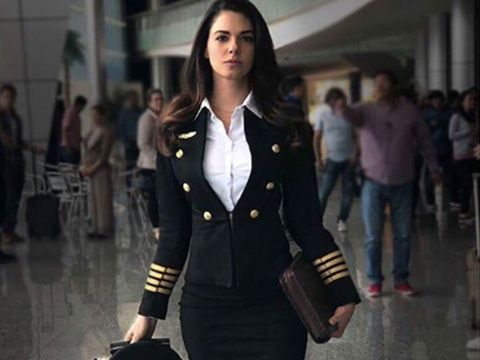 Fashion model, Clothing, Fashion, Street fashion, Outerwear, Coat, Jacket, Blazer, Uniform, Suit,