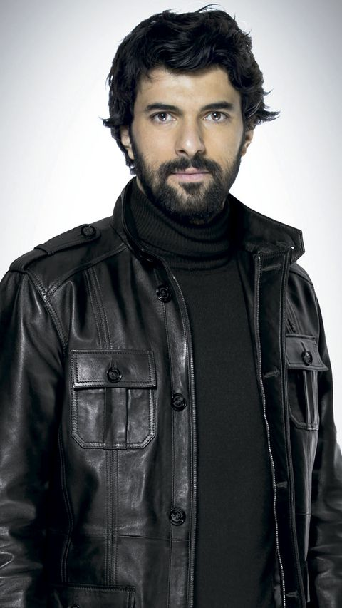 Hair, Facial hair, Beard, Leather, Jacket, Leather jacket, Hairstyle, Textile, Outerwear, Cool,