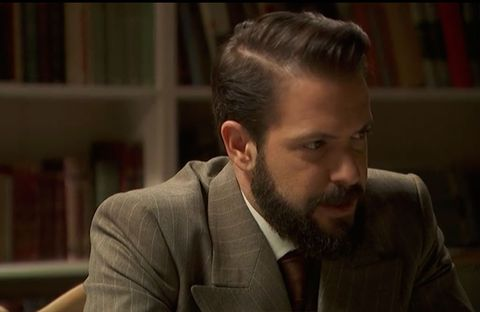 Hair, Facial hair, Beard, Moustache, Hairstyle, Chin, Forehead, Nose, Suit, Human,