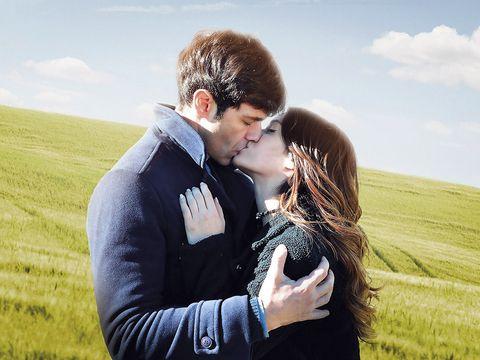Mammal, People in nature, Plain, Romance, Grassland, Kiss, Field, Love, Interaction, Honeymoon,