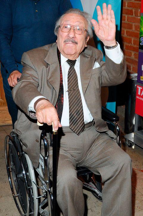 Wheelchair, Recreation, Sitting,