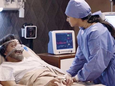 Electronic device, Display device, Technology, Cap, Electronics, Gadget, Service, Medical equipment, Medical procedure, Patient,