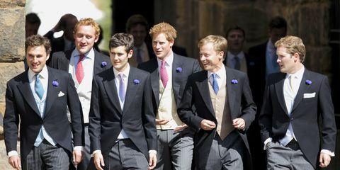 Hair, Coat, Smile, People, Trousers, Suit trousers, Collar, Social group, Shirt, Suit,