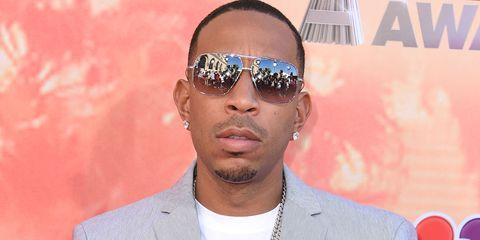 Eyewear, Ear, Vision care, Collar, Sunglasses, Outerwear, Coat, Watch, Fashion accessory, Style,