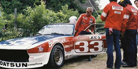 Awe-Inspiring Vintage Photos of Paul Newman Racing