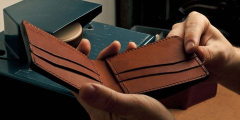 22e876949f15 Find the Perfect Wallet - Tips for Buying a Billfold