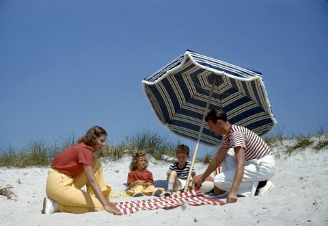 7 Iconic Beach Eats You Need to Try