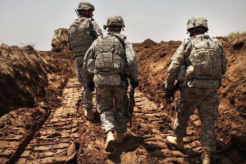 Back to Iraq: The First 450 Soldiers Are on Their Way