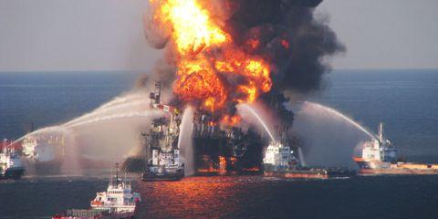 Water, Pollution, Watercraft, Boat, Fire, Heat, Smoke, Ship, Flame, Gas,