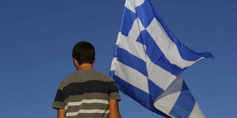 Flag, Blue, Daytime, Standing, Elbow, Electric blue, Pole, Azure, World, Cobalt blue,
