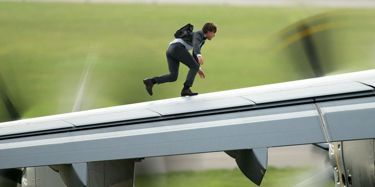 Why Tom Cruise Does His Own Stunts Mission Impossible Rogue Nation - Behind the scenes of the insane plane stunt in mission impossible rogue nation