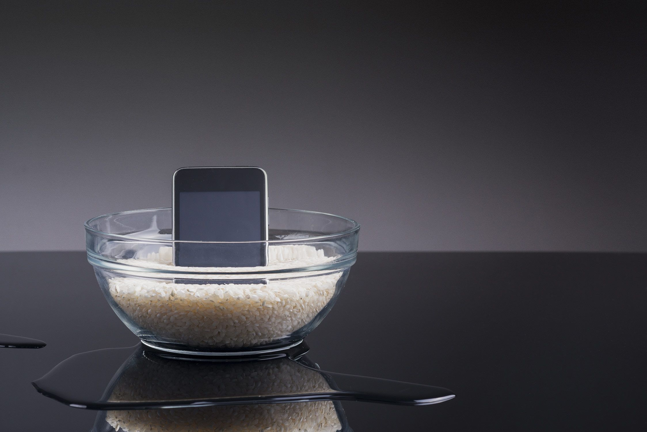 The Proper Method to Resurrect a Wet Phone With Rice