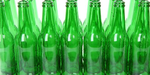 The Right Way to Remove a Bottle Label